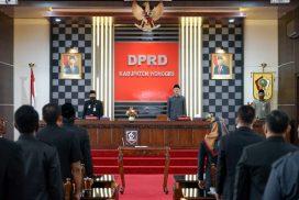 "Pimpin Rapat Paripurna Terakhirnya, Setyo Sukarno ""Berpamitan"" Lewat  Pantun"